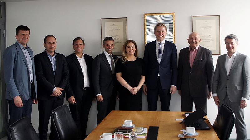 LISPA susitikimas su kultūros mecenatu R. Karbauskiu ir Vilniaus miesto Meru R. Šimašiumi