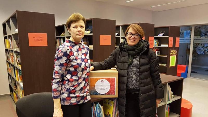 """UAB """"Antalio"""" 25-mečio iniciatyva – knygų dovanos visoms viešosioms bibliotekoms!"""